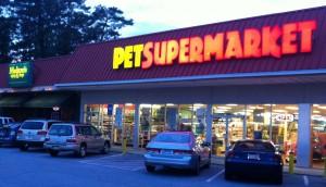 Photo of Melton's App & Tap's exterior next to Pet Supermarket