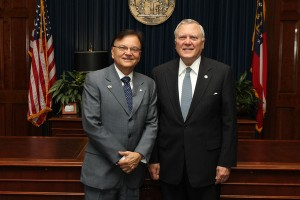 Ricardo Roy, chairman of the Panama Canal Authority, meets Thursday with Gov. Nathan Deal (Photo: Governor's office)