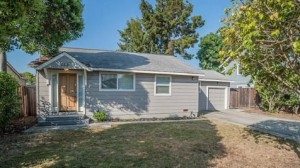 The price of this home in Silicon Valley is $1.1 million, driven up by rising share prices and IPOs. Credit: valleyway.gawker.com