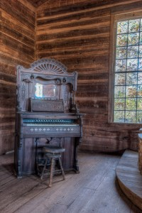 Organ in Mt. Olivet Methodist Church, Banks County. Photograph courtesy of Randy Clegg and Historic Rural Churches of Georgia