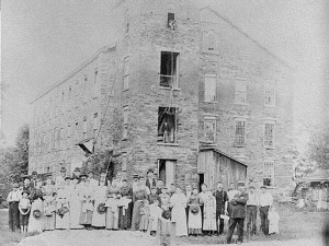 Workers gather in front of the Laurel Woolen Mill in Roswell, circa 1890. Credit: Georgia Archives, Vanishing Georgia Collection