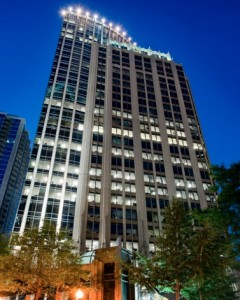Cousins Properties is slated to pay $215 million for Fifth Third Center, in Charlotte's central business district. Credit: honestbuildings.com