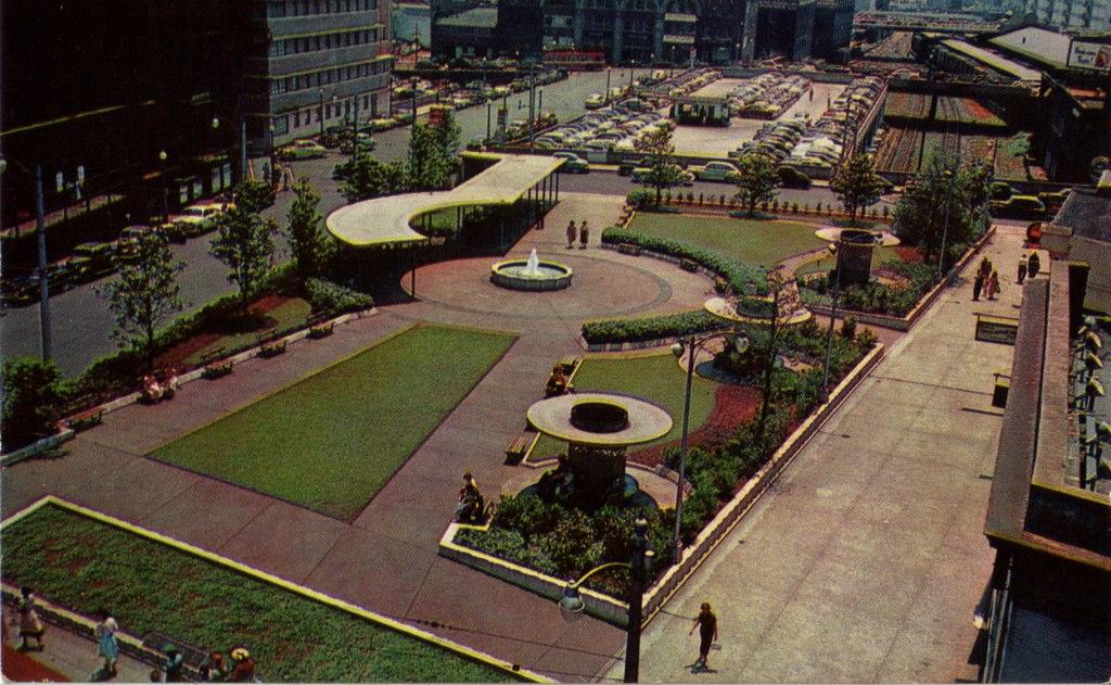Plaza Park