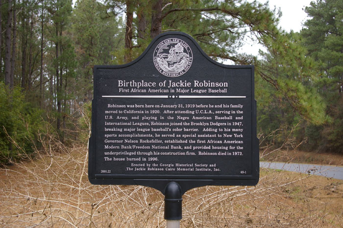 Marker on the site of Jackie Robinson's birthplace. Credit: GeorgiaInfo
