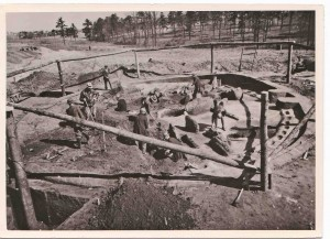 CCC enrollees conducting archaeological work on the earth lodge, used by Native Americans about 1,000 years ago, at the Ocmulgee site near Macon. Today, it is a national monument. Credit: National Park Service
