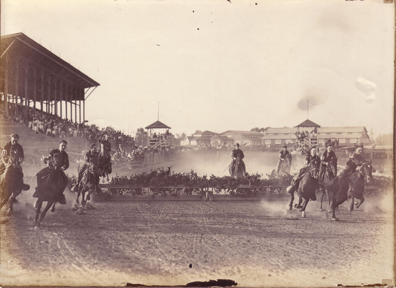 Savannah Jockey Club members at Ten Broeck Race Course, circa 1890s. Photo: Georgia Historical Society