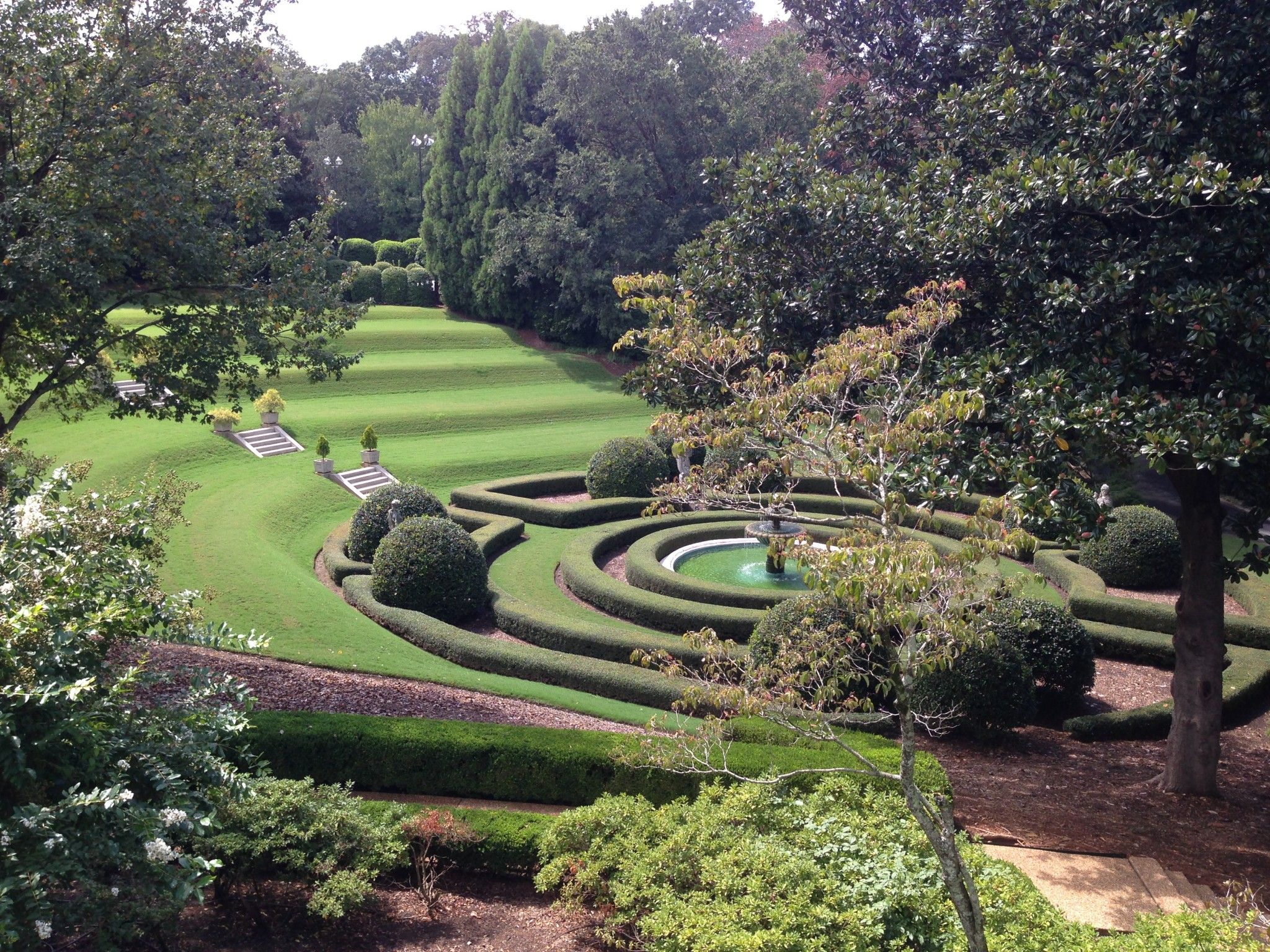 Grounds at the Governor's Mansion. Photo by Christopher Oquendo