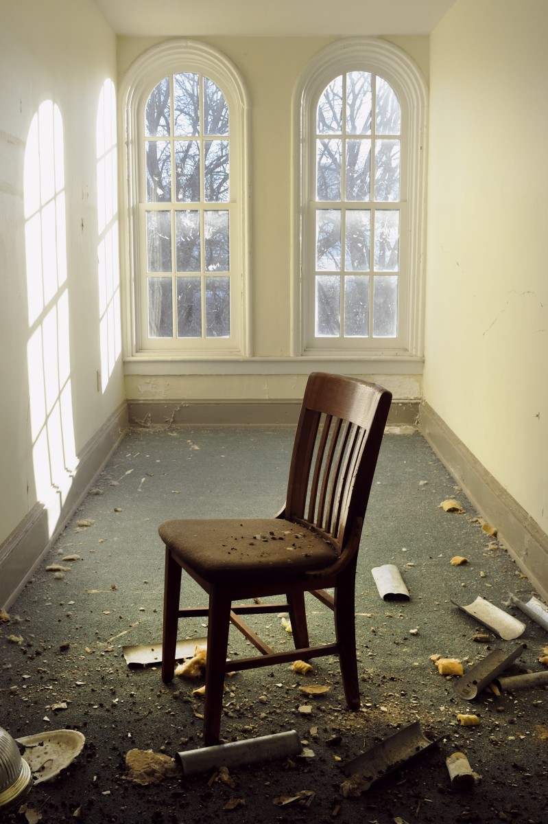 """""""Lone Chair — Gaines Hall."""" Photo by Andrew Feiler"""