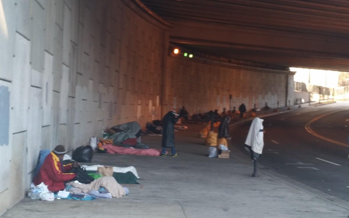 homeless gather in downtown atlanta