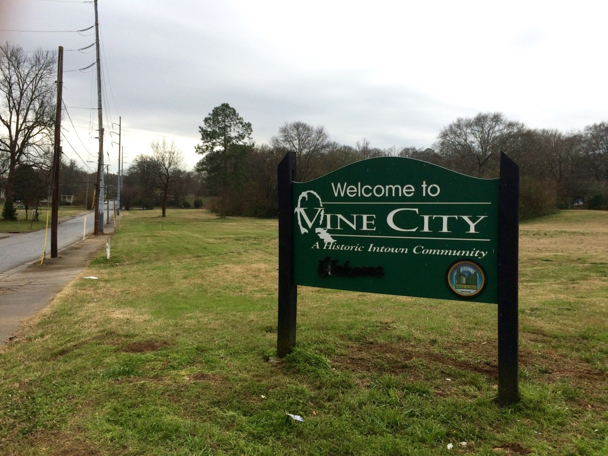 Vine City gateway sign