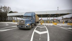 Savannah port, truck gate