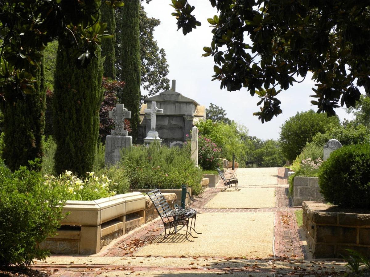Oakland Walking Path