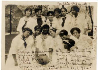 Students at a Spelman sports rally in 1915. Courtesy of Spelman College Archives