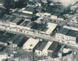 Lithonia, pre plaza