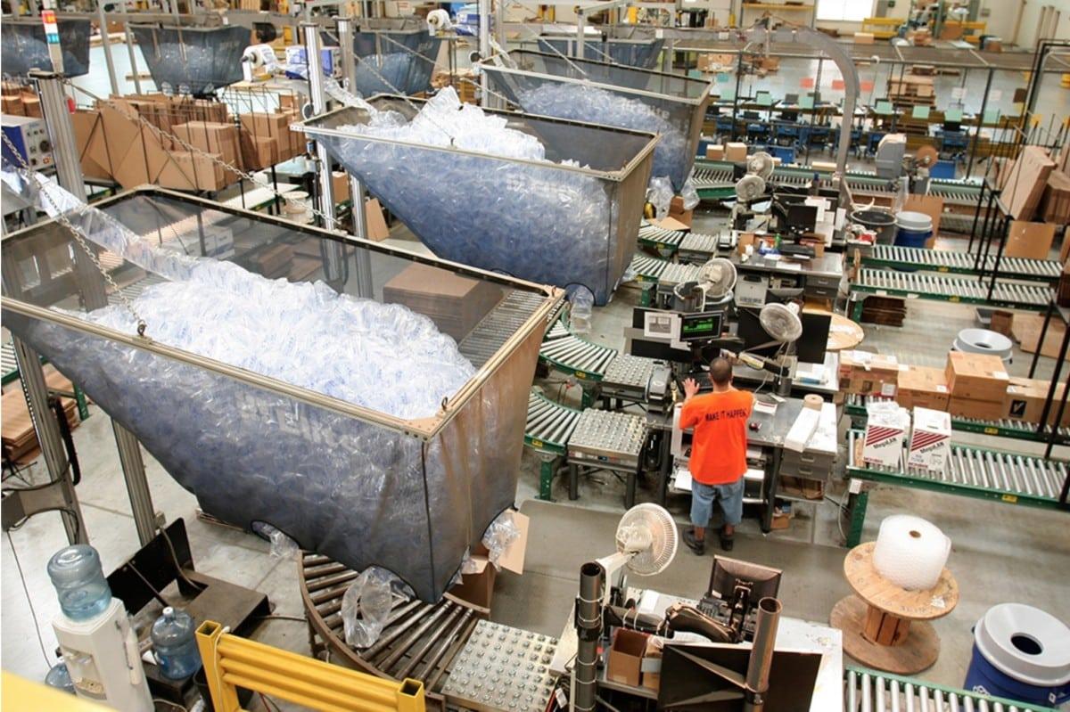 e-commerce, warehouses