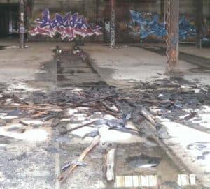 Pullman, fallen roof