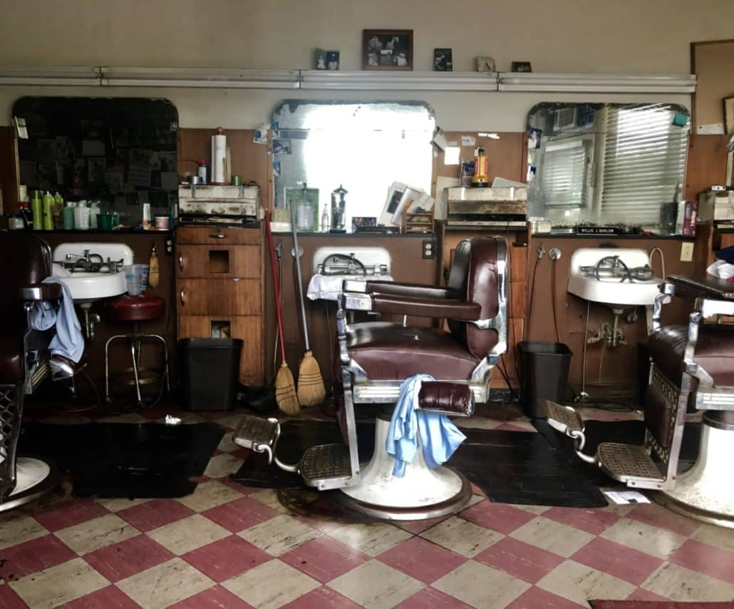 barber shop in Cascade Heights