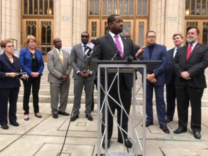 Outgoing City Council President Ceasar Mitchell, who was eliminated in the first round of mayoral voting, has endorsed Mary Norwood. Credit: Kelly Jordan