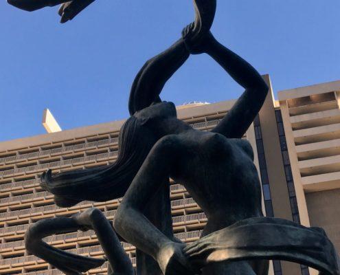 Hyatt Regency and sculpture by Kelly Jordan