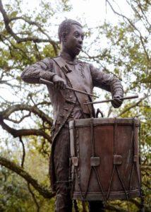 haitian monument, drummer