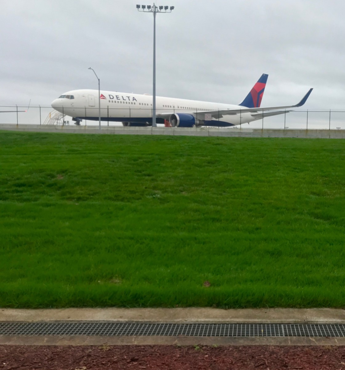 Delta on runway