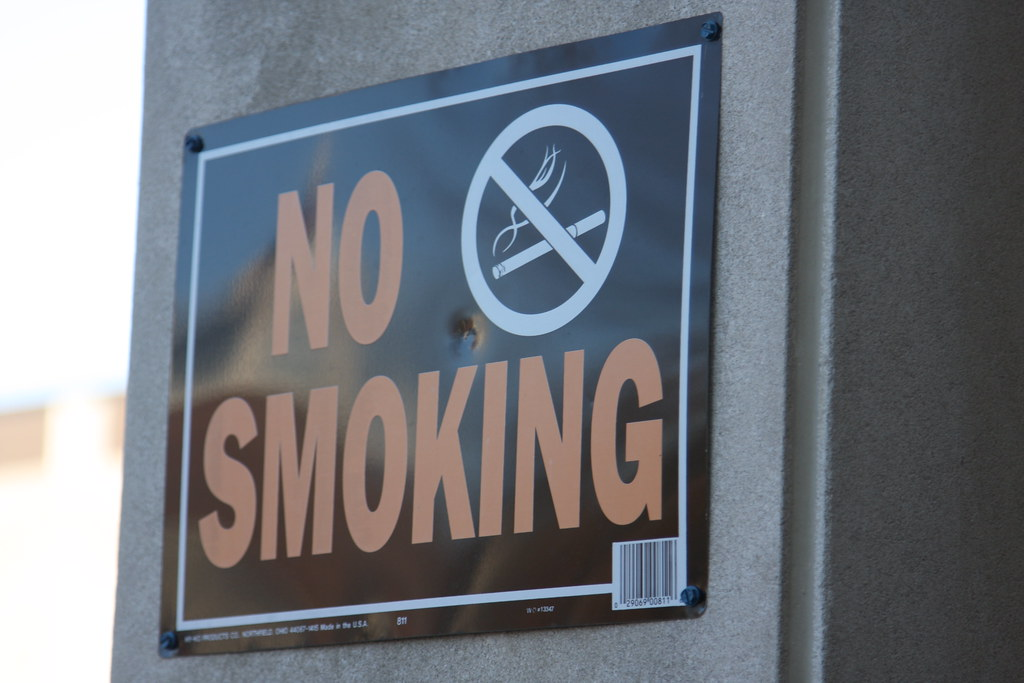 """""""No Smoking sign"""" by Indiana Public Media is licensed under CC BY-NC 2.0"""