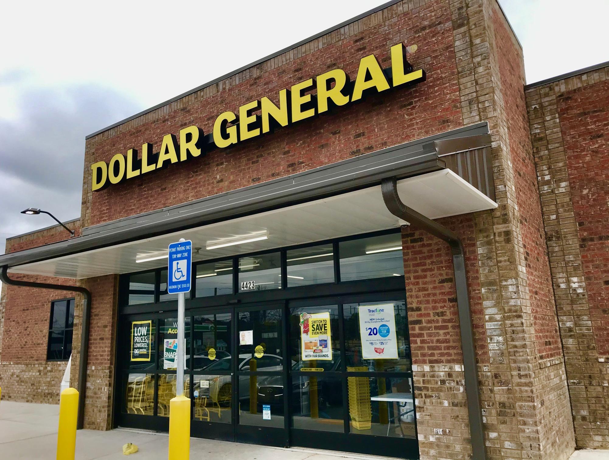 DollarStores_06
