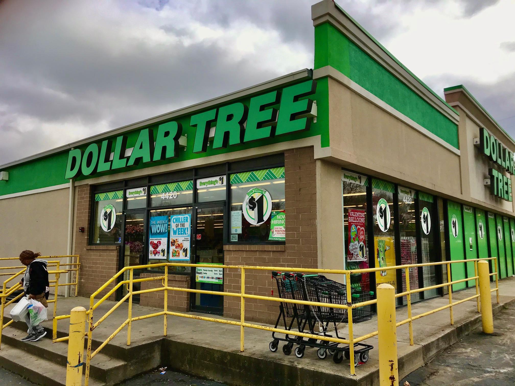 DollarStores_07