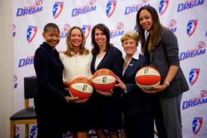 Pictured: Atlanta City Council President Lisa Borders, new Dream owner Kathy Betty, WNBA President Donna Orender, Dream coach Marynell Meadors and player Jen Lacy.  NBAE/Getty Images
