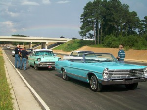 Big Shanty Road extension, with classic cars