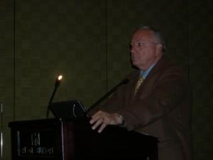 Arizona State Senator Russell Pearce talks to Atlanta's LINK delegation