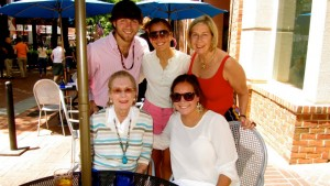 Photo of Lynn Garson with her mother Charlotte and children.